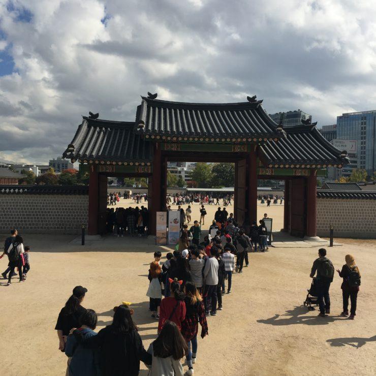 韓国に行ったら1回は着てみたい! 景福宮(キョンボックン)でチマチョゴリ(韓服)体験